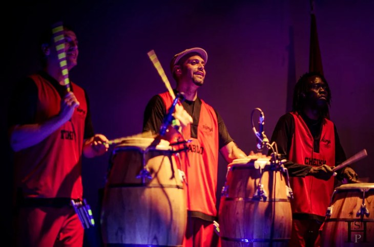 20121029-214022-Argentinien, Buenos Aires, Konzert, La Bomba del Tiempo, Weltreise-_DSC7966