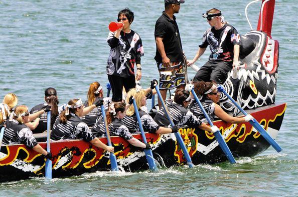 dragon team in a race