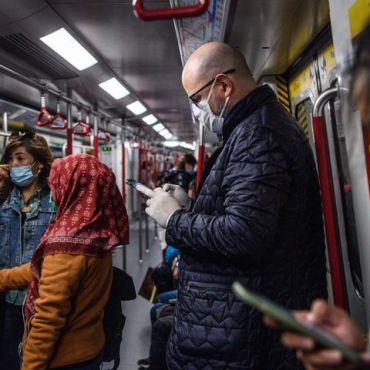 hong kong metro, people in masks, sick, illness, coronavirus