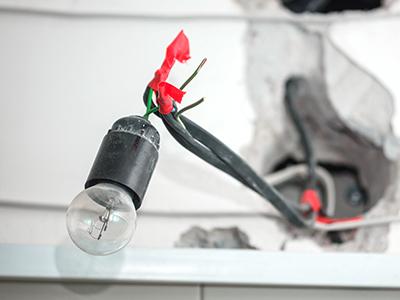 instalação elétrica mal feita