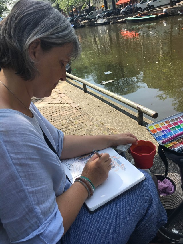 Das Symposium der Urban Sketchers Kathrin Portmann ist dabei