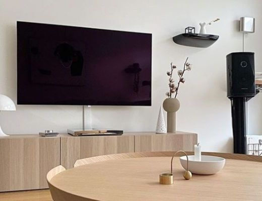 OLED BY LG, TV, COLOUR, BRIGHT, FAMILY TIME, TV, SMART TV, HOME ENTERTAINMENT, ENTERTAINMENT, LG, HIRSCH'S HOMESTORE, LOUNGE, BLACK SLEEK TV, TABLE,