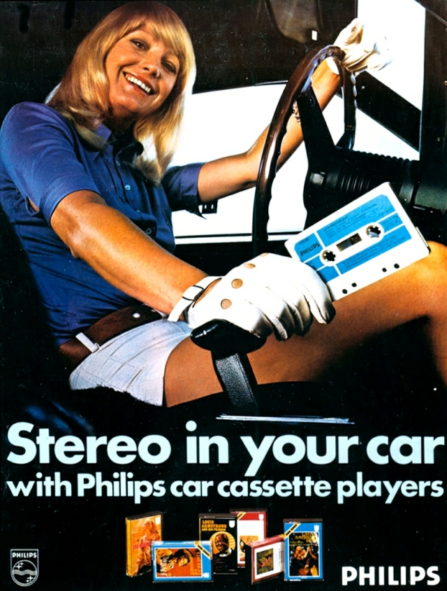 Stereo in your car with Philips car cassette players