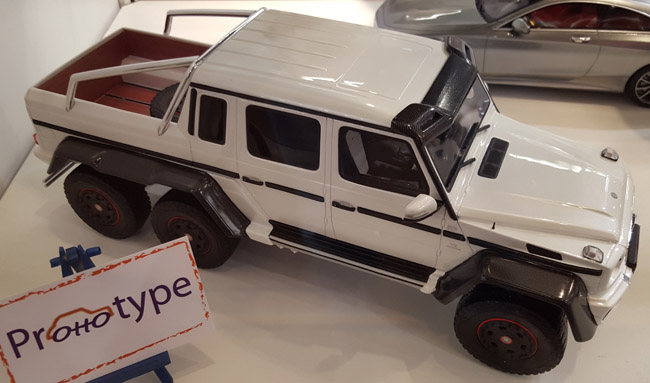 Nuremberg Toy Fair - Mercedes G-Class 6x6