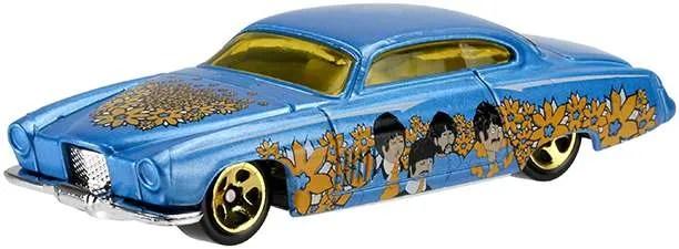 Hot Wheels Beatles Yellow Submarine Fish'd n Chip'd
