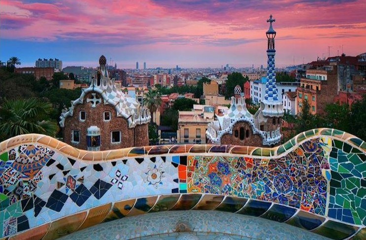 Prettiest Places to Eat in Barcelona: Parc Güell