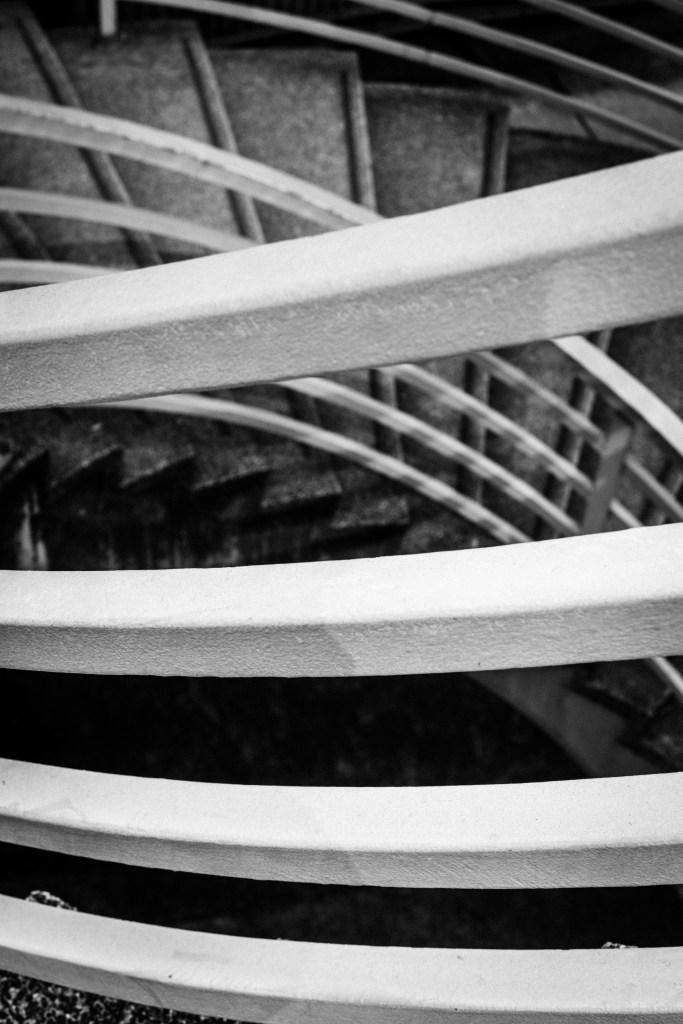 攝影, 攝影熱點, 香港島, 中環, 中環攝影熱點, 添馬公園, 終審法院, 電車站, 遮打花園, 環形樓梯, 長曝攝影, 威靈頓街, 士丹利街, 陸羽茶室, 鏞記酒家, 國際金融中心, 街頭拍攝, Holimood, Photography, Hong Kong photography, Central, Mingle Place, By the Park, With the Stars, 香港島酒店