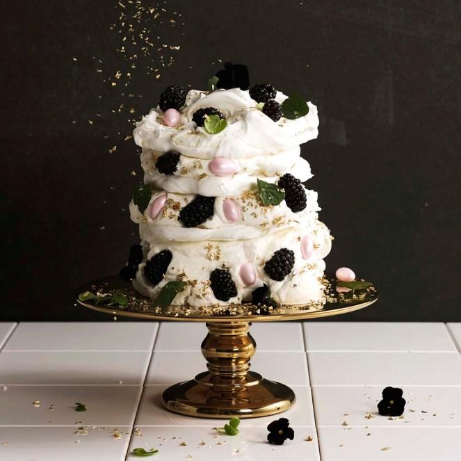 Halloween Glam Cake Centrepiece