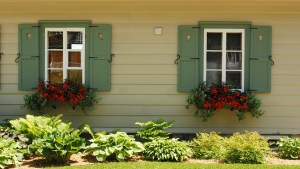 6 ways to boost curb appeal - Homesnap