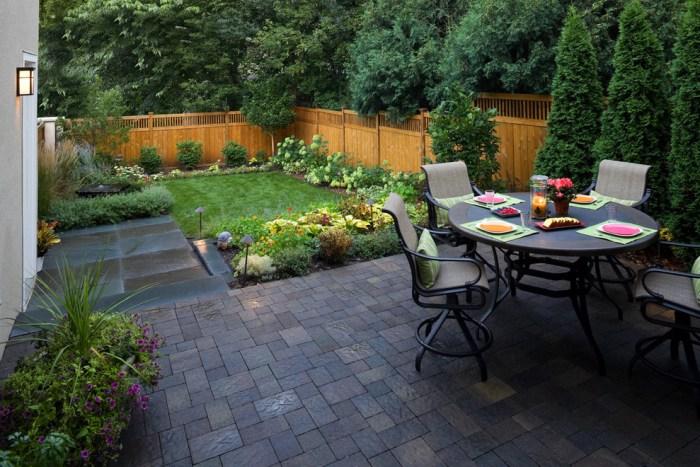 backyard hardscaping patio