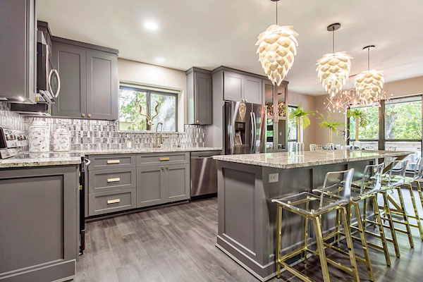 Should You Replace Or Reface Your Kitchen Cabinets