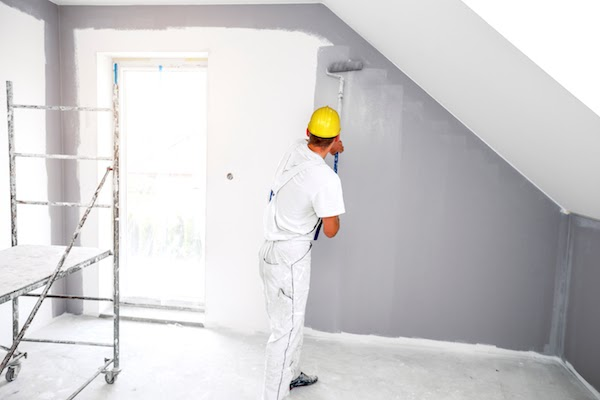 experienced pro painting room