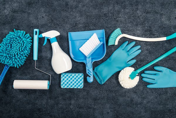 cleaning tools to be spring cleaned