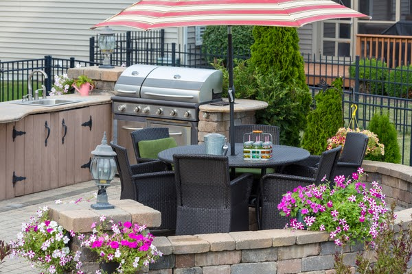 outdoor kitchen backyard location with dining