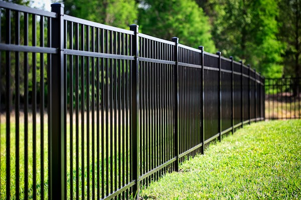 aluminum fence best fence materials canada