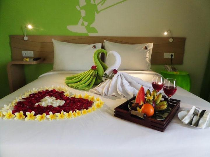 MaxOneHotels at Bukit Jimbaran - Honeymoon Setup - Hoterip, Layanan Pesan Hotel Terbaik, Pesan dan Booking Hotel di Bali