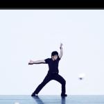 シェアしたくなる動画   CGとパフォーマンスの融合が神がかったダンス動画