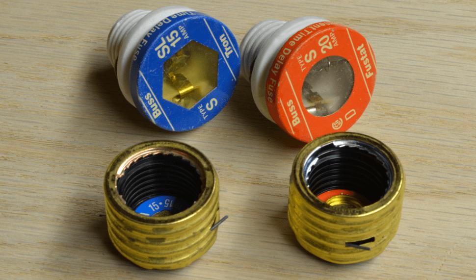 type s plug fuse