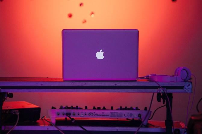 Stock image SplitShire d'un ordinateur