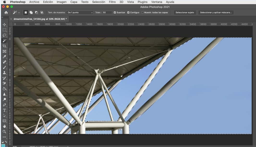 Eliminar zonas al quitar imagen de fondo en Photoshop