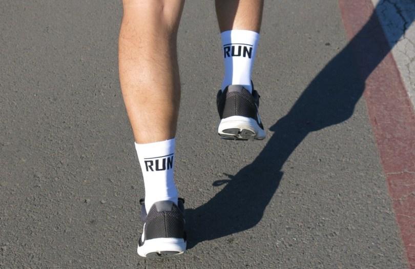 Meia para corrida HUPI Run.