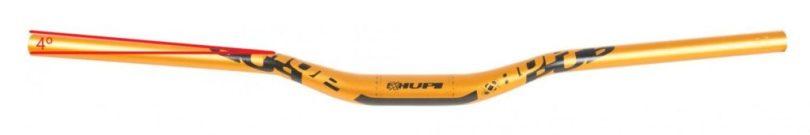 Upsweep indica angulação na parte de apoio das mãos.