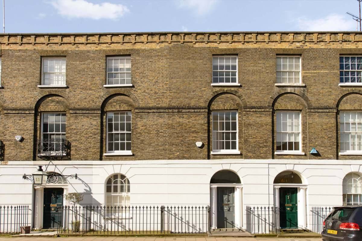 Exquisite 3 Bedroom Grade II Georgian House in Sekforde Street, Clerekwell, EC1