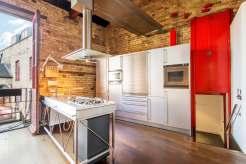 1 Bedroom Apartment in Smokehouse Yard Clerkenwell, EC1
