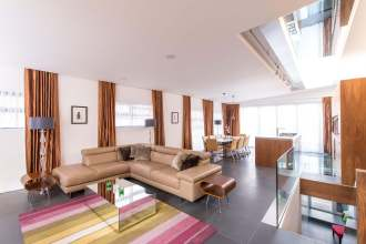 An outstanding Penthouse, Endell Street, WC2