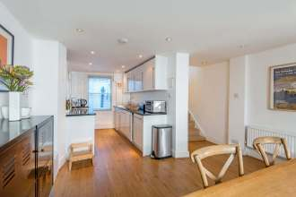 Village living in Central London, four bedroom Georgian House, Amwell Street, EC1