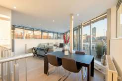 Splendid Clerkenwell Skyline, 3 bedroom apartment, Dallington Street, EC1