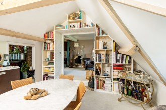 Enchanting Two Bedroom Loft Penthouse apartment in The City, West Smithfield, EC1