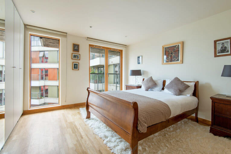East London Cool! Two Bedroom Apartment in Ink Court, E3