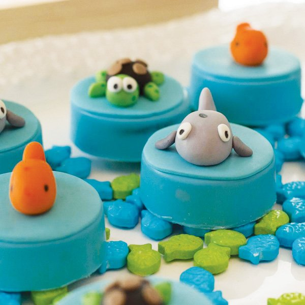 Sea Creatures Style Silicone Fondant Cake Tool Dolphin Impressions Mould Chocolate Decorating Cup Top