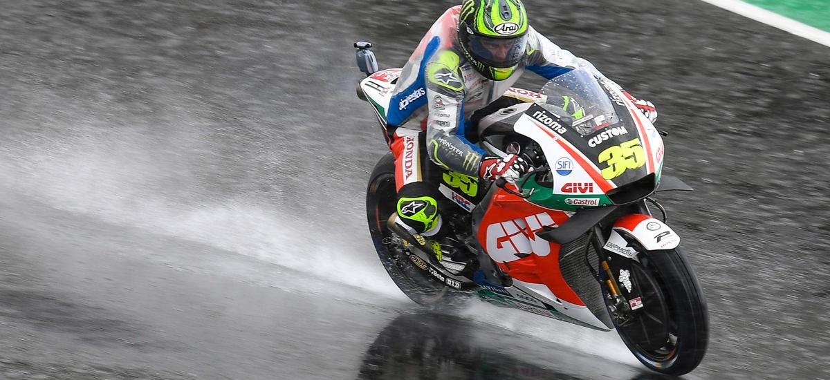 moto-racing-pro-sous-pluie