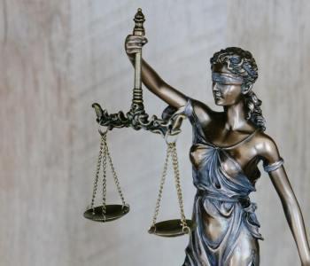 el derecho y sus leyes