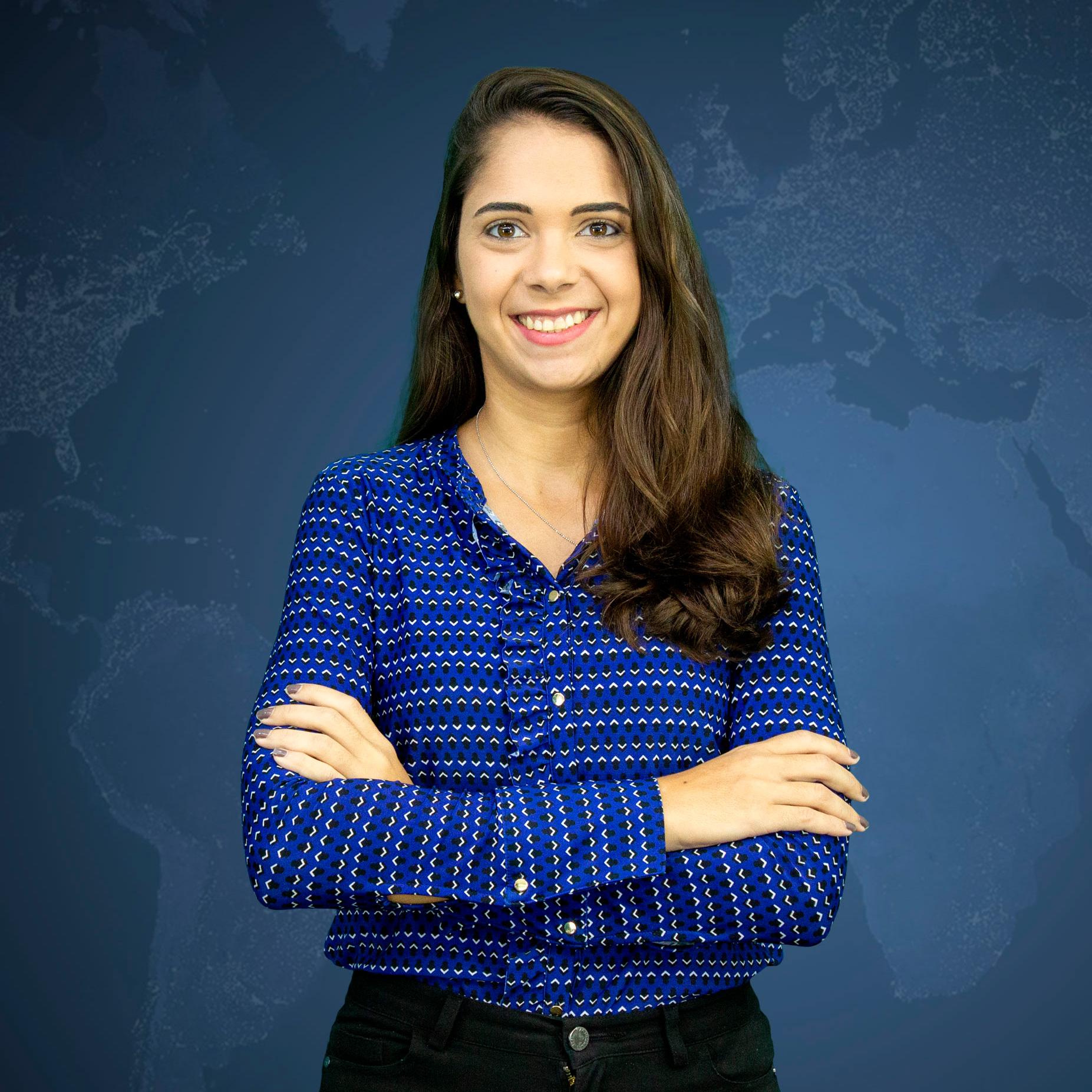 Letícia Mose - referência em SIG no Brasil - Especialista Esri - Governo Municipal - Marketing Técnico Imagem Esri - Autora do Portal GEO