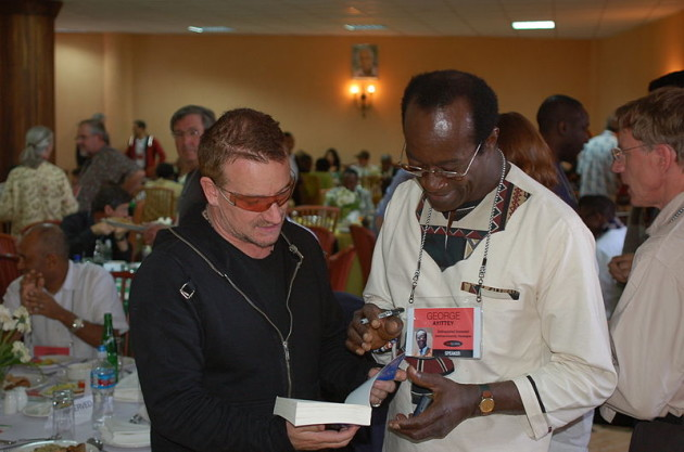 Bono_and_George_Ayittey1