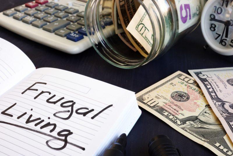 Cara Ampuh Atur Uang dengan Hidup Hemat Tiap Hari