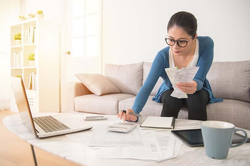 Catat Pendapatan Per Bulan untuk Keuangan Keluarga