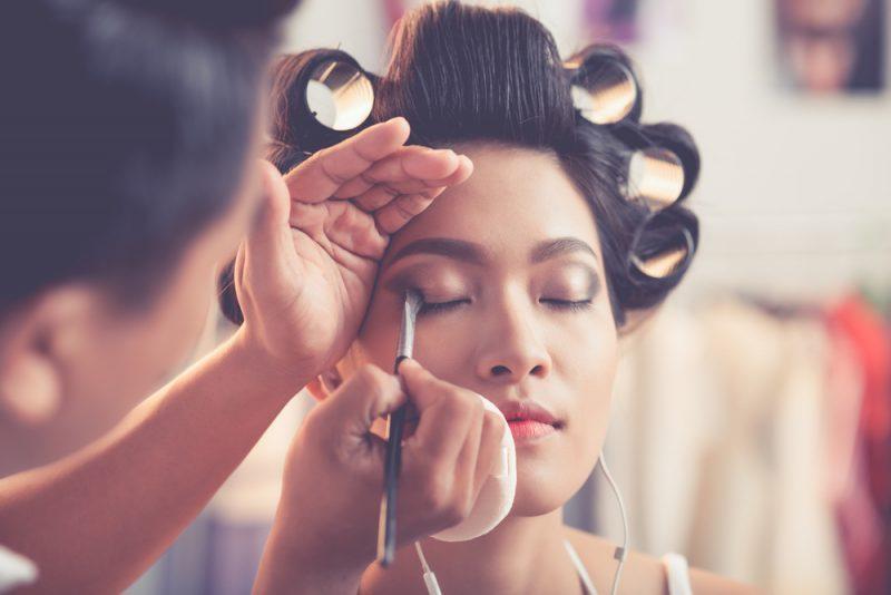 Pekerjaan Sampingan Make-Up Artist