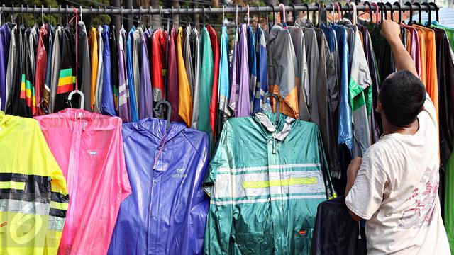 Usaha Jual Jas Hujan di Jakarta