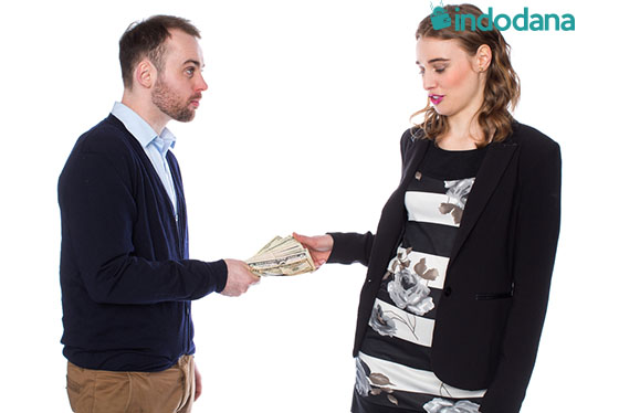 Teman Sering Pinjam Uang di Akhir Bulan Ini Cara-Cara Menghadapinya