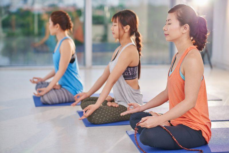 Sering Ikut Kelas Yoga