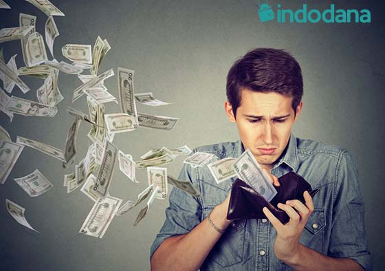 Hindari Menutup Pengeluaran-Pengeluaran Ini Dengan Pinjaman Online!