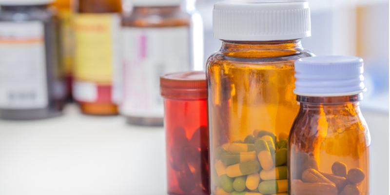 Bawa Obat-Obatan Pribadi