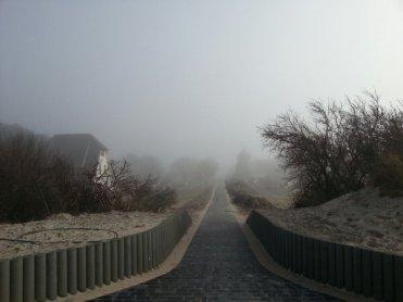 Am Strandaufgang an der Mühle in Vitte.