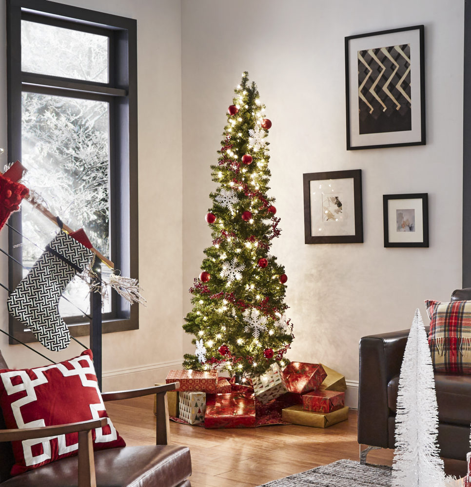 view of Christmas tree iNSPIRE Q modern holiday loft