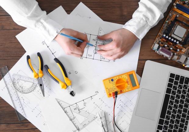 Engenharia Elétrica, IPOG, Crise, Mercado