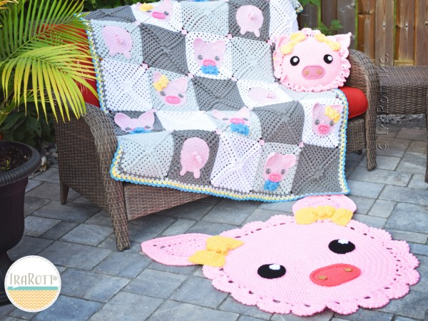 Crochet Piggy Blanket Pillow Rug Set